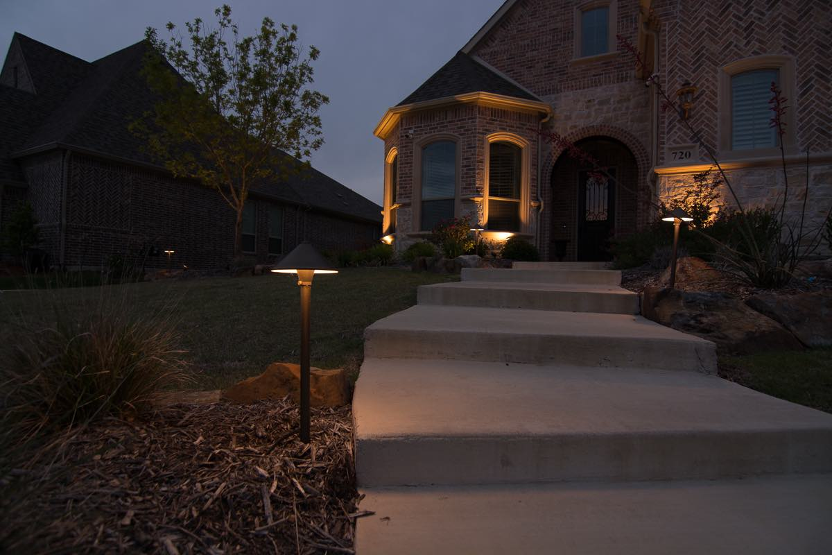 landscape lighting photo