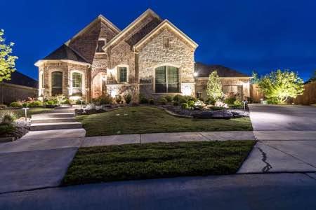 Landscape Lighting At A Home Pros